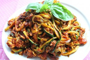 zucchini-spaghetti-bolognese